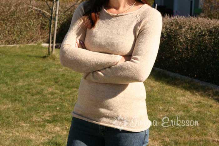 Sweter na drutach prosty